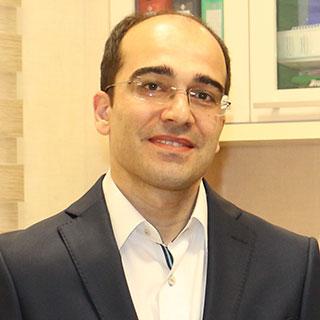 مشاهده صفحه دکتر عبدالحمید چاوشی خامنه