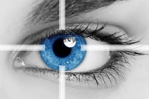 فواید عمل لیزیک چشم
